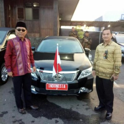 Foto Rental Mobil untuk dinas Kepresidenan